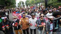 Foto: Aksi Tuntut Penutupan Freeport yang Berhias Bintang Kejora