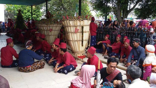 Suasana Keraton Yogyakarta jelang Gerebeg Maulud.
