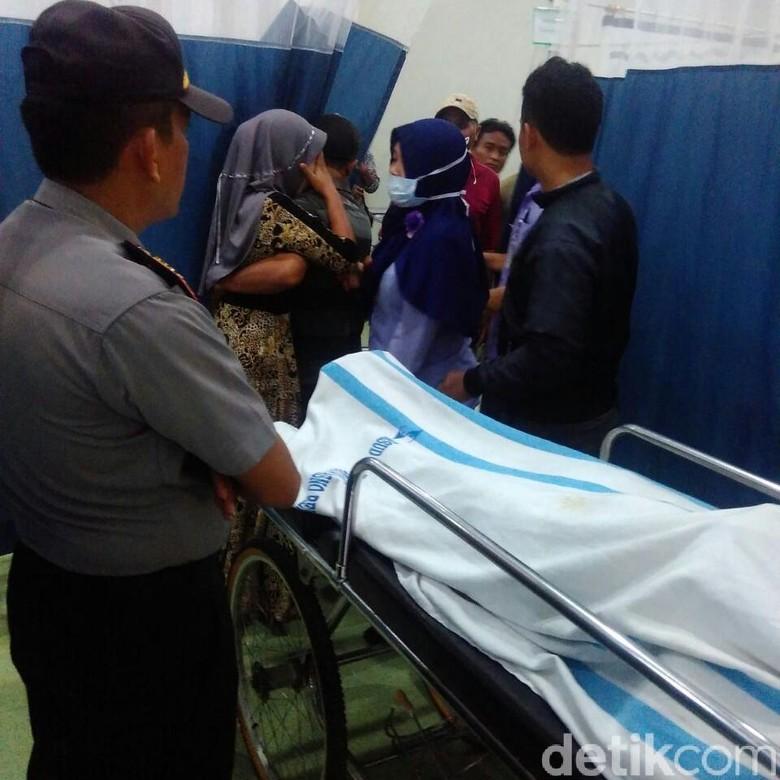 Kecelakaan Kerja di Rembang, Pasang Lampu Hias Berujung Maut