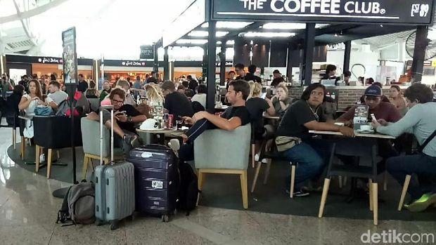 Turis Eropa Pulang karena Gunung Agung, Turis Asia Masuk ke Bali