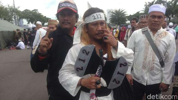 Wiro Sableng Ikut Ramaikan Reuni 212