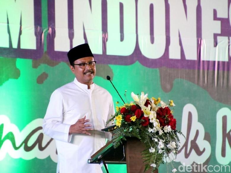 Gus Ipul Sindir Partai Pendukung - Surabaya Bakal cagub Jatim Saifullah Yusuf menyindir parpol yang mendukung Khofifah Indar Parawansa maju Pilgub Jatim Ia menyontohkan