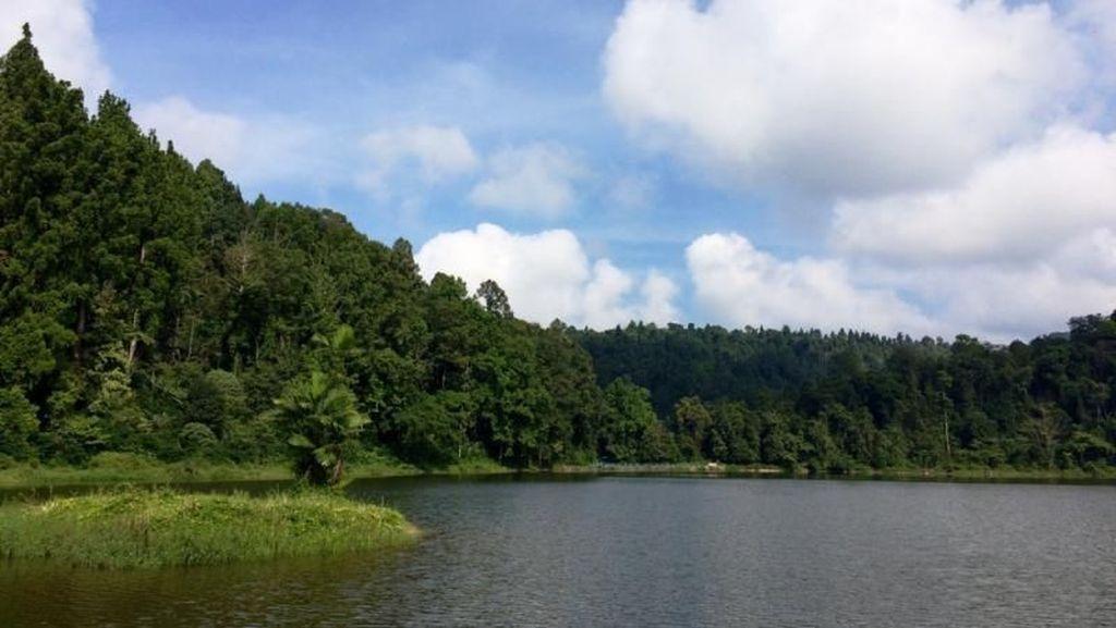 Legenda Danau Situ Gunung yang Jadi Tempat Persembunyian Buronan