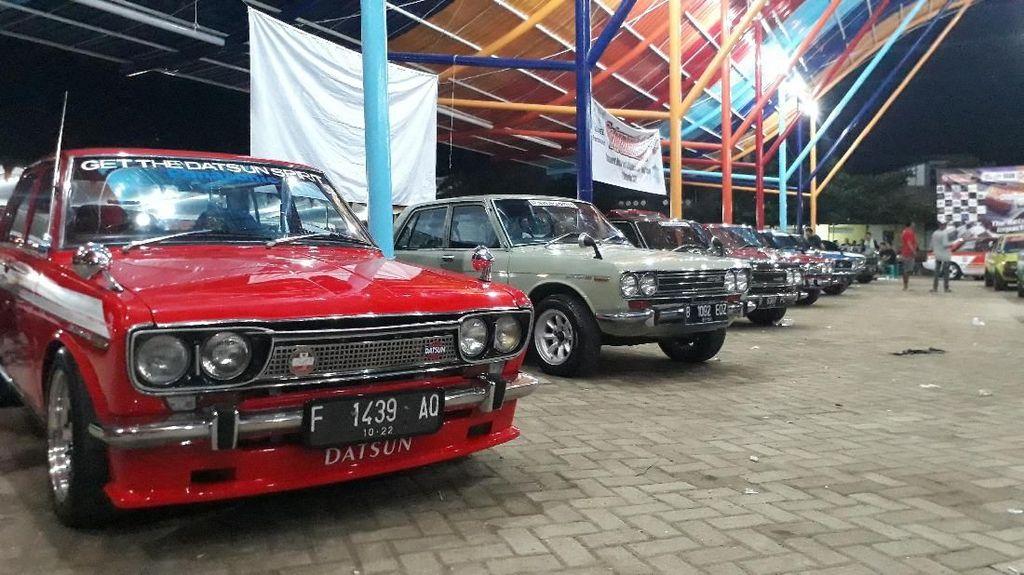 800 Mobil Tua Mejeng di Bojonegoro