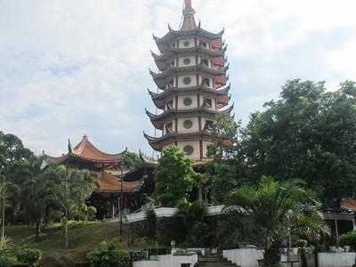 Sering Terlewatkan, Ini Pagoda Cantik Punya Semarang