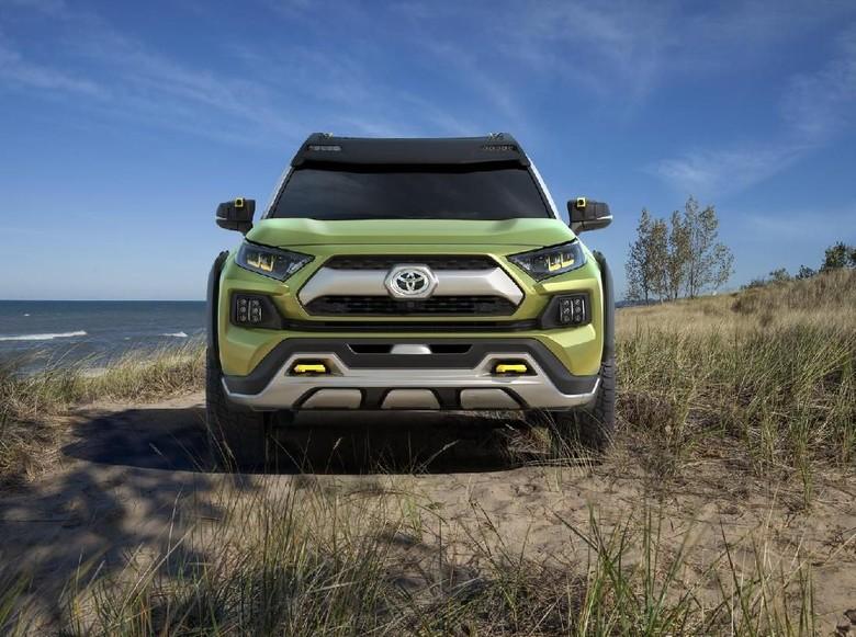 Toyota Rilis SUV Hybrid Petualang