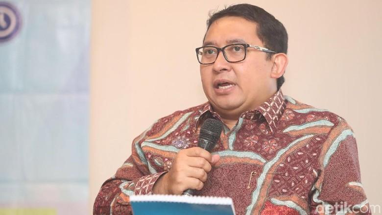 Surat Novanto Tak Mau Dicopot - Jakarta Setya yang kini meringkuk di sel tahanan sempat menulis surat kepada pimpinan DPR dari balik jeruji besi