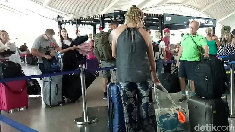 57 Penerbangan dari dan ke Bandara Ngurah Rai Dibatalkan Hari Ini