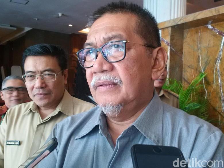 Deddy Mizwar Sentil PLN Soal - Bandung Wakil Gubernur Jawa Barat Deddy Mizwar menyebut masih ada segelintir masyarakat yang tinggal di daerah pembangkit energi