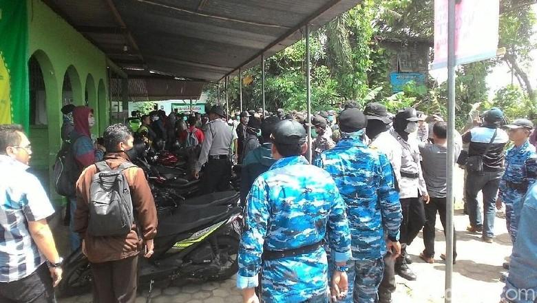AJI Kecam Aksi Kekerasan Oknum - Kulon Progo Aliansi Jurnalis Independen Kota Yogyakarta mengecam keras aksi kekerasan oknum aparat gabungan terhadap warga dan aktivis