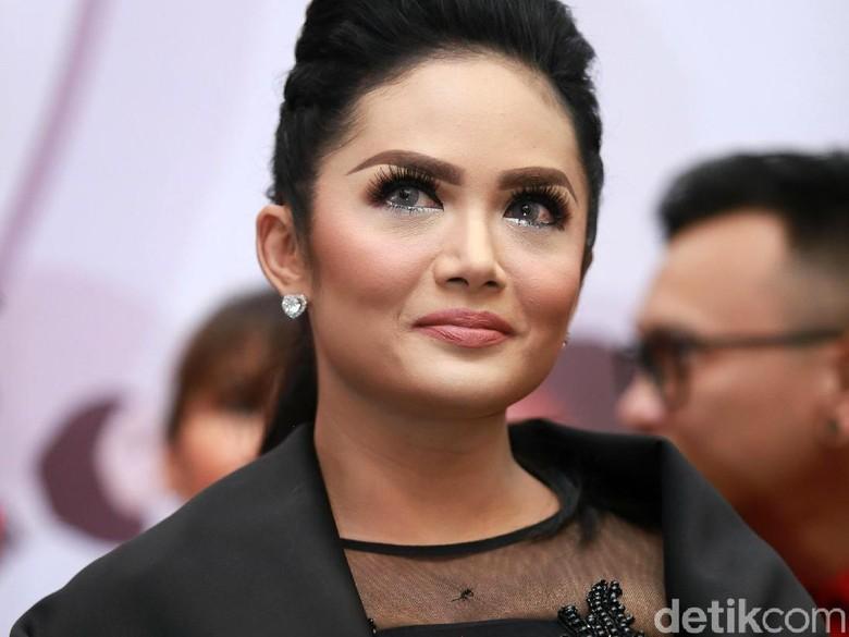 Aurel Makin Dewasa, Krisdayanti Kesulitan Berkomunikasi