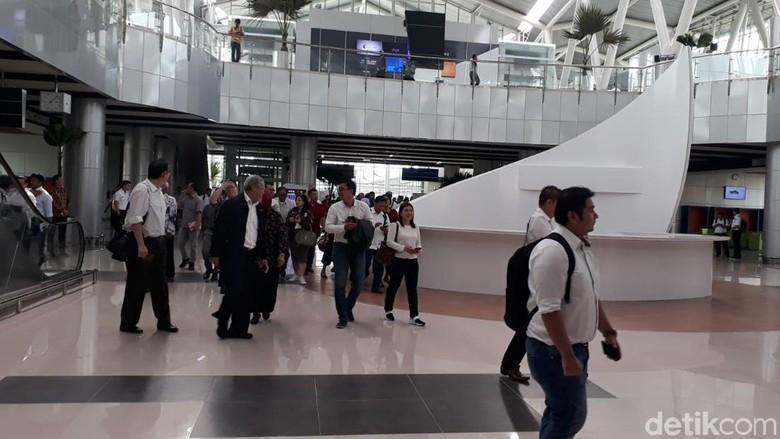 Jelang KA Bandara Beroperasi, Lalin Stasiun Sudirman Baru Diubah