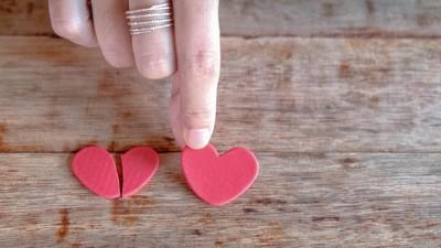 Menikahi Orang yang Salah Bisa Jadi Alasan Berselingkuh?