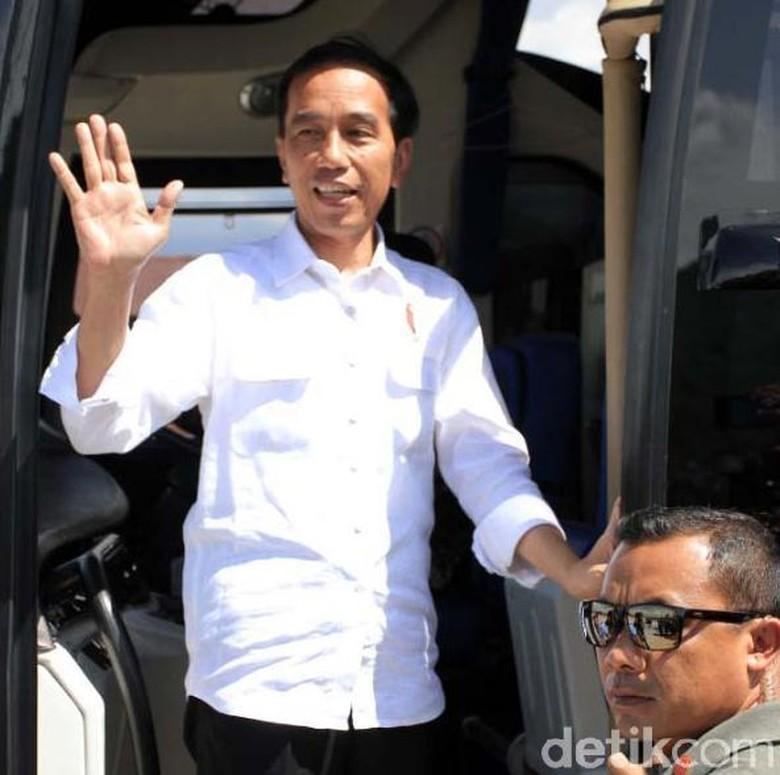Jokowi akan Tengok Korban Bencana - Joko Widodo Joko Widodo dijadwalkan akan meninjau lokasi bencana di Kabupaten Kunjungan tersebut merupakan rangkaian dari peninjauan lokasi