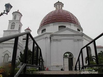 Mengintip Gereja Blenduk Si Ikon Semarang