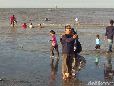 Foto: Ini Nih Pantai yang Hits di Karawang