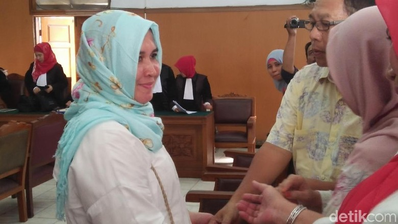 Jaksa Minta Hakim Tolak Eksepsi Asma Dewi