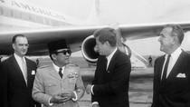 Saat Bung Karno Bertanya: Kenapa Mereka Membunuh Kennedy?