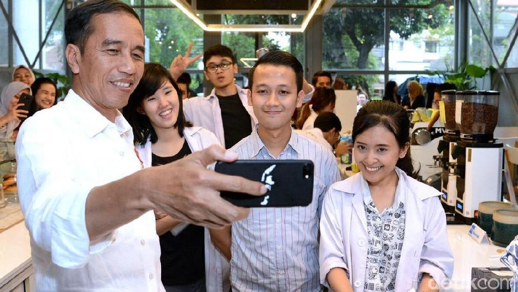 Jokowi Masuk Top 10 Pemimpin Dunia yang Sering Dibicarakan