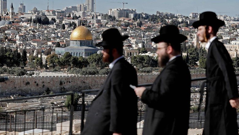 Menlu Palestina Batal ke RI - Ramallah Luar Negeri membatalkan rencana kunjungannya ke Indonesia setelah Amerika Serikat menyiratkan akan mengumumkan rencana pemindahan kantor kedutaan
