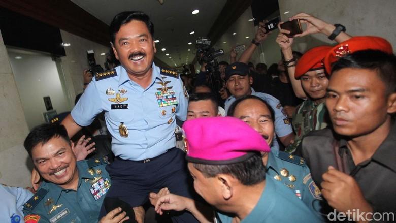 Marsekal Hadi akan Tambah Pesawat - Jakarta TNI Marsekal Hadi Tjahjanto siap memenuhi minimum essential force atau kekuatan minimum Hadi pun berencana menambah berbagai