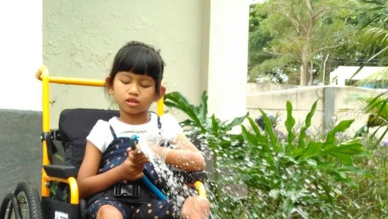 Kisah Bocah yang Tetap Mandiri Meski Salah Satu Matanya Buta  (Foto: Dok.pribadi)
