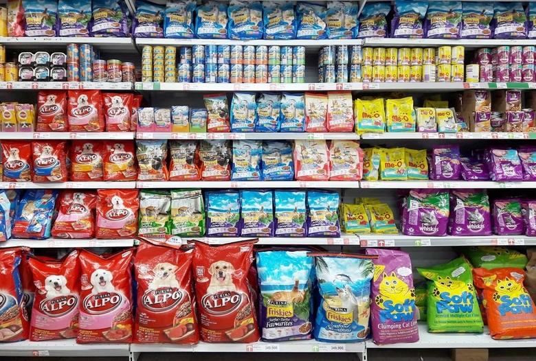 Transmart Carrefour Gelar Promo Makanan Hewan Peliharaan