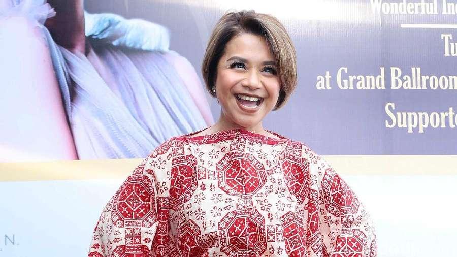 Sstt...Ruth Sahanaya Pilih Tampil di Daerah Daripada Jakarta