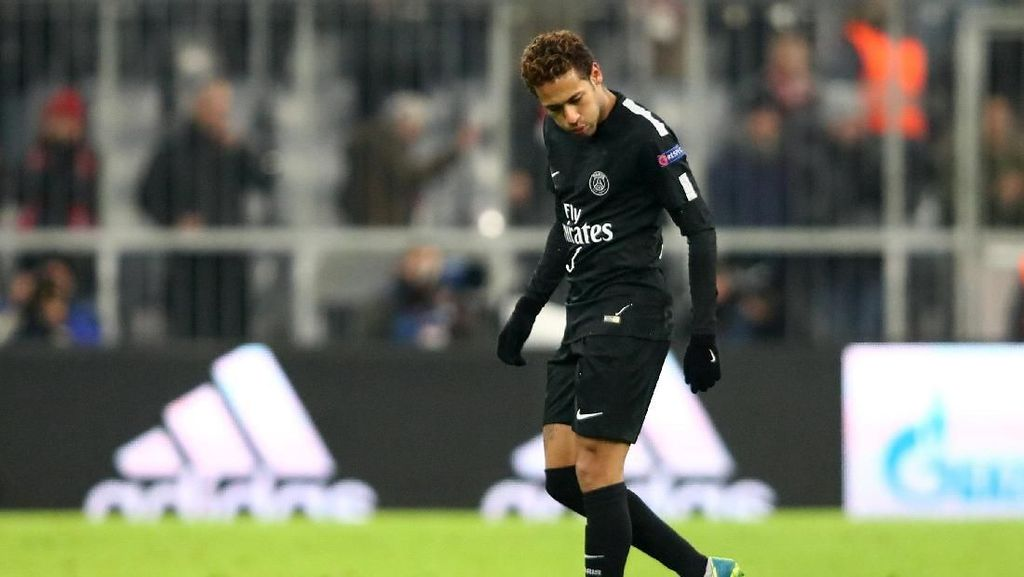Neymar Dilempari Uang Palsu oleh Fans Bayern