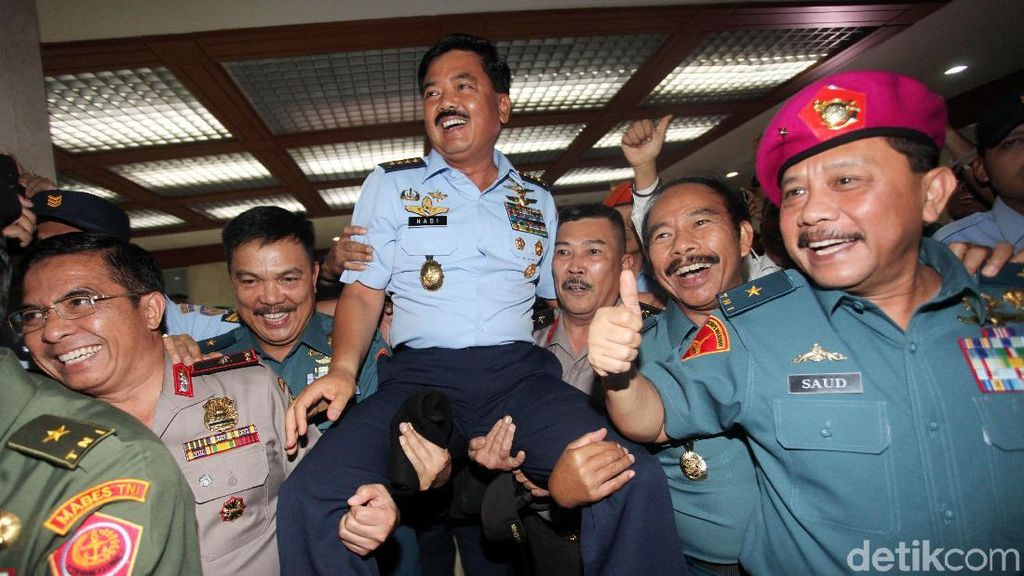 NasDem: Panglima TNI Harus Netral dan Tak Ada Kubu-kubuan
