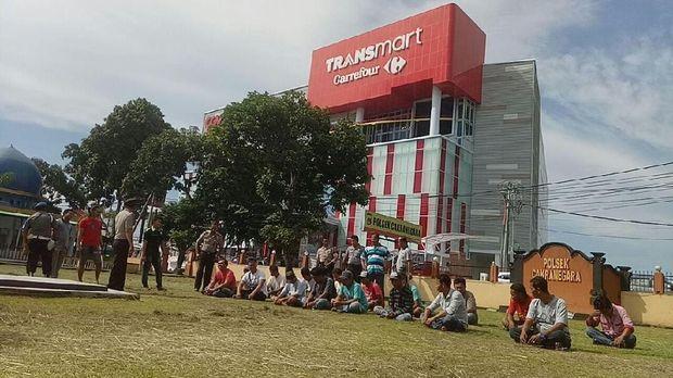 Sering Ganggu Turis, Puluhan Preman di Mataram Diciduk Polisi