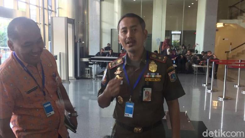 Kasatpol PP DKI Jakarta Datangi KPK, Ada Apa?