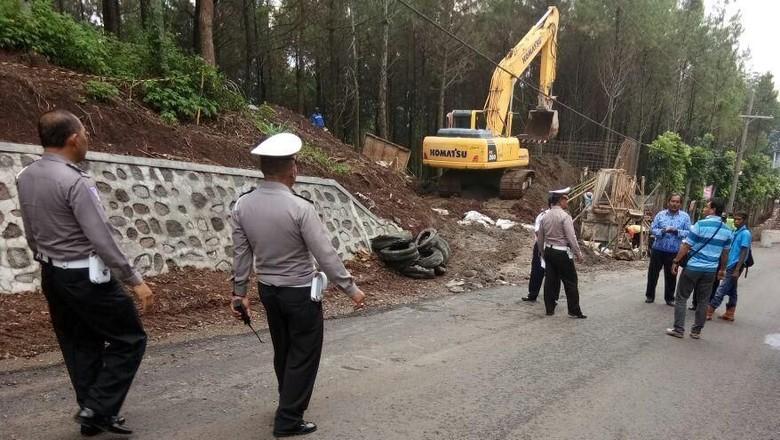 Jalur Penyelamat Pacet-Cangar Ditargetkan Rampung Akhir 2017