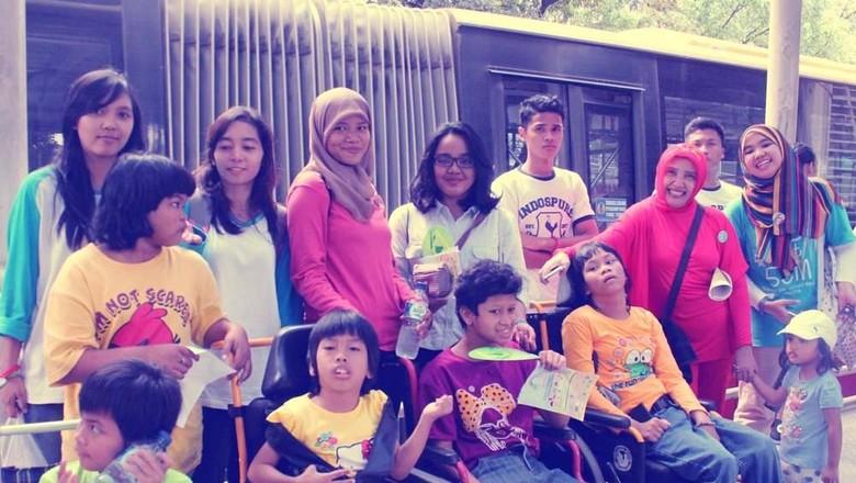 Di Sini Anak-anak Difabel Diajari untuk Selalu Mandiri (Foto: sayapibubintaro.org)