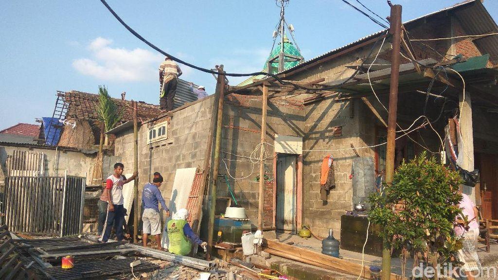 Hore! Bantuan Korban Puting Beliung di Sidoarjo akan Disalurkan