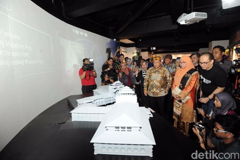 Gubernur Aher Takjub Konsep Museum - Bandung Jabar Ahmad Heryawan atau Aher resmi membuka Museum Gedung Ia berharap museum ini menjadi sarana edukasi dan