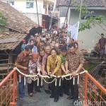 Rini Resmikan 3 Jembatan Gantung di Banten