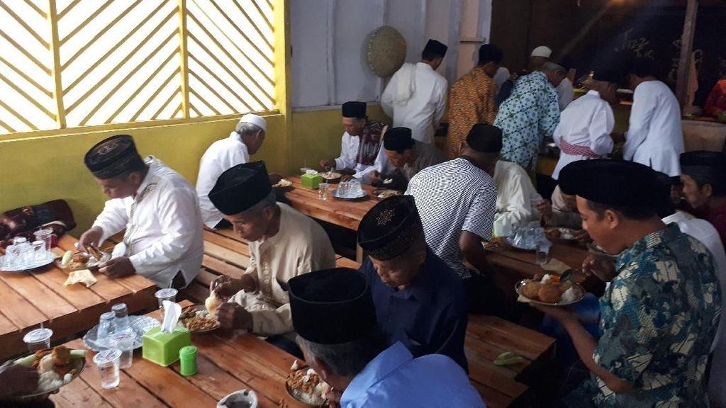 Video: Chermad, Voucher Makan Gratis untuk Duafa di Hari Jumat
