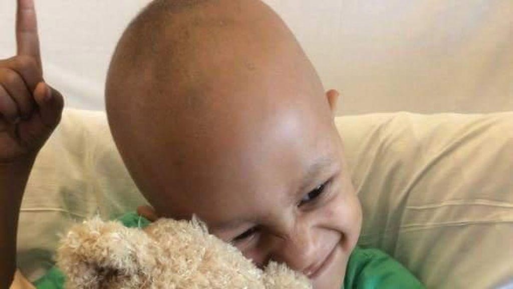 Ini Jason, Penyintas Kanker Buah Zakar Termuda di Dunia