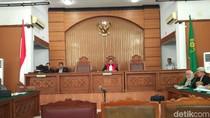 KPK Persoalkan Bukti Surat dari BPK yang Didapat Pengacara Novanto