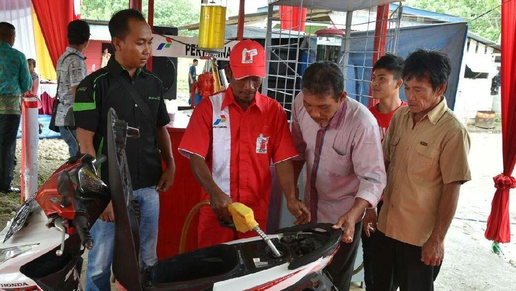 Begini Perjuangan Memasok BBM Satu Harga ke Pulau Enggano