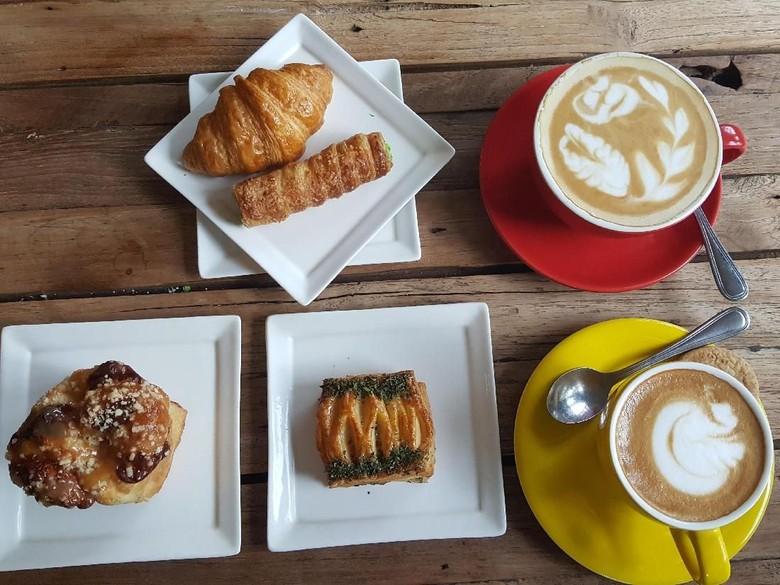 Sams Pattiserie : Enaknya Ngemil Danish Pastry hingga Cannoncini yang Renyah Legit