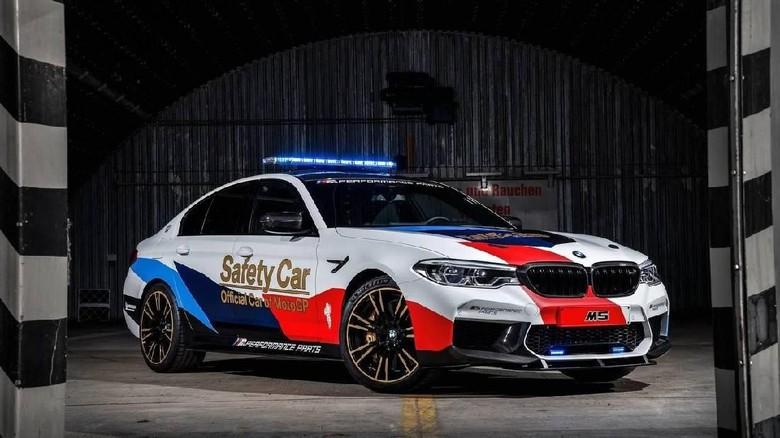 Lebih Dekat dengan Safety Car MotoGP, BMW M5