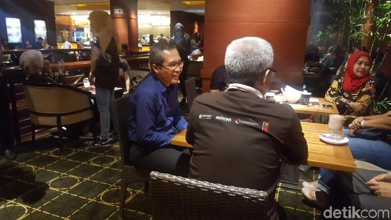 Pimpinan KPK Hadiri Nobar Film - Jakarta International Indonesia merilis film untuk menyambut Hari Antikorupsi Pimpinan KPK Alexander Marwata turut hadir dalam pemutaran film