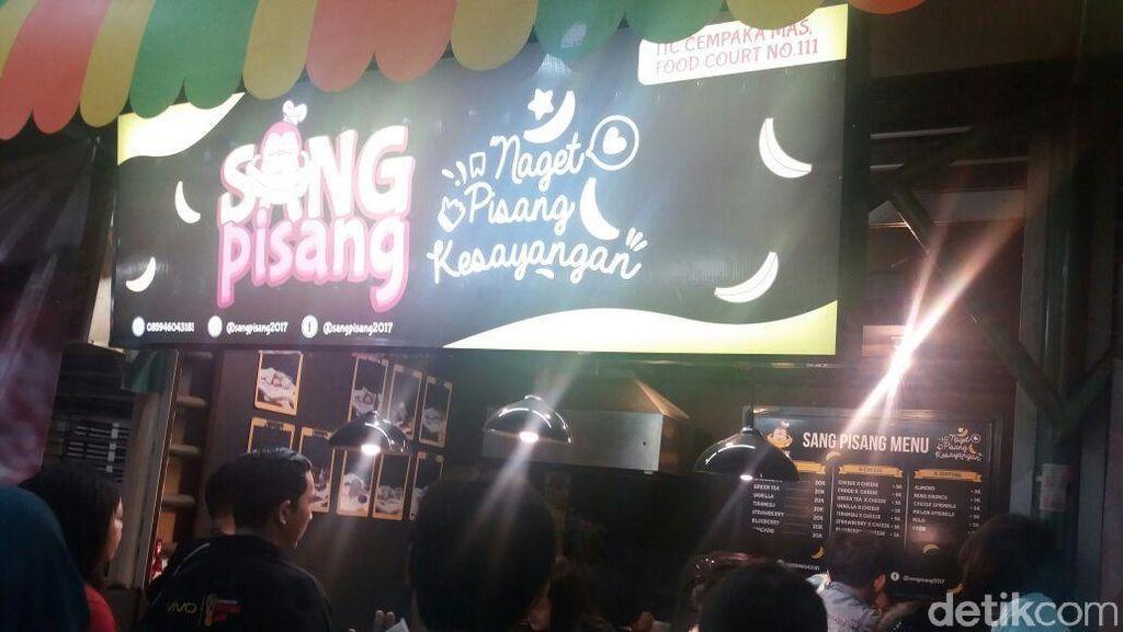 Foto: Kaesang Pangarep Jualan Pisang di Mal