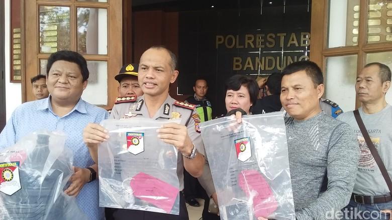 Terungkap Penusuk Siswa SMK di - Bandung mengungkap pelaku penusukan terhadap pelajar SMK di Bandung Fahmi Amrizal Pelaku berinisial P merupakan sahabat dekat pelakunya