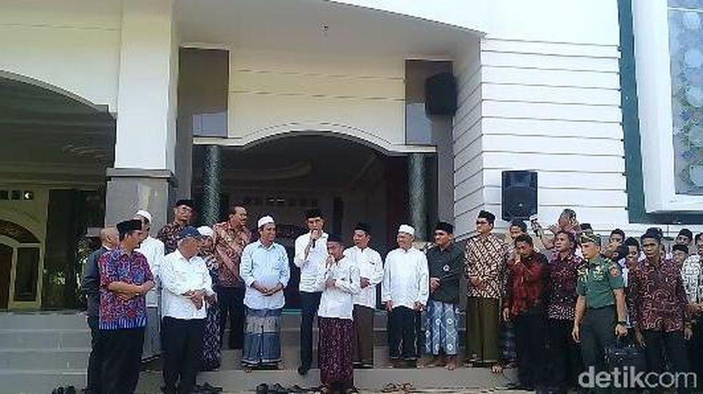Video: Dialog Penuh Tawa Jokowi dan Santri Pacitan yang Minta Sepeda