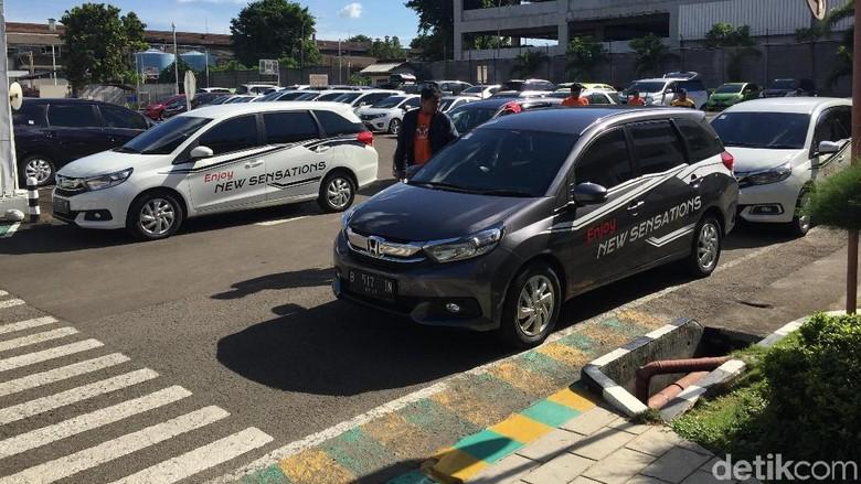 Honda Masih Menahan Harga Mobil