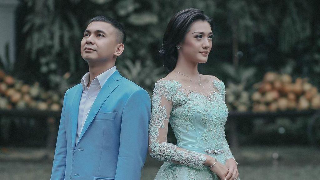 Intimnya Prosesi Lamaran Raditya Dika, Marissa Nasution Makin Cantik Aja
