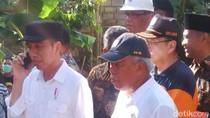 Momen Jokowi Kunjungi Pacitan yang Dilanda Banjir dan Longsor